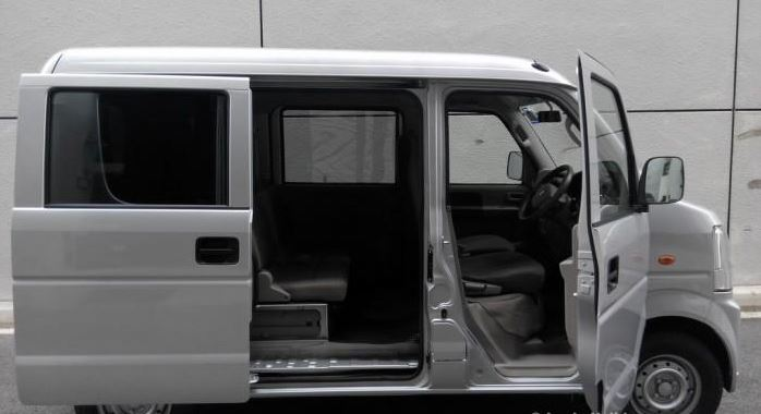 Rent A Van For Self Drive Without Driver Renal Mini Vans In Sri Lanka