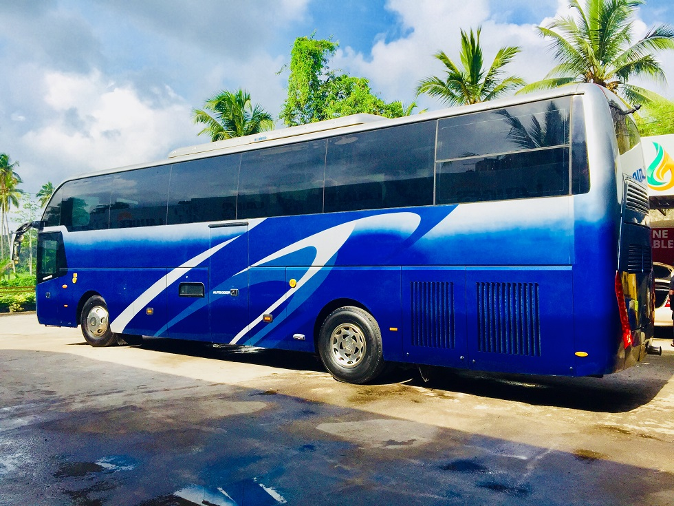 44 seater king long coach at Colombo airport
