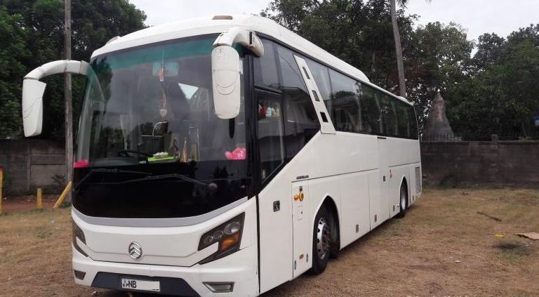 King Long large AC coach bus for rental