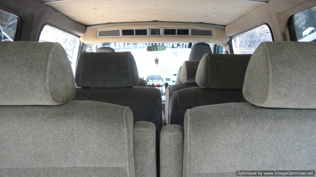 van Inside picture-adjustable seats with seat belts