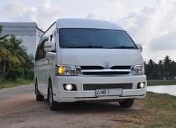 Hire Luxury Van in sri Lanka with driver