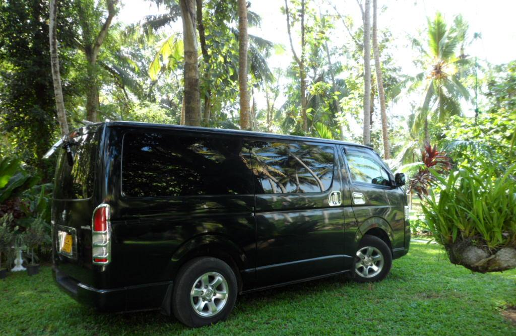 Compact Van for tours in Sri Lanka with AC and 6 seats