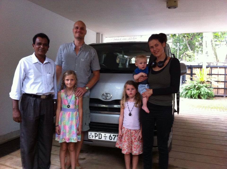 hire Polite sri lankan driver for tours kdh van